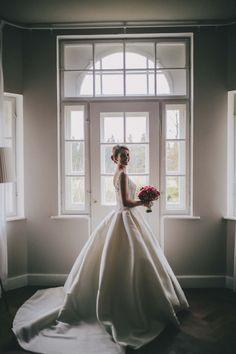 Belinda & Norbert: Elegante Schausteller-Hochzeit auf Gut Sonnenhausen MIHOCI STUDIOS http://www.hochzeitswahn.de/inspirationen/belinda-norbert-elegante-schausteller-hochzeit-auf-gut-sonnenhausen/ #wedding #marriage #bride