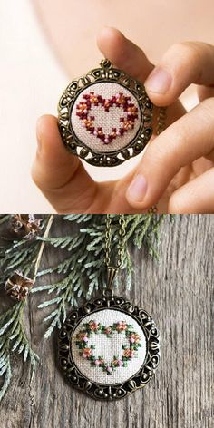 Wreath heart necklace – hand embroidered necklace – beaded necklace – gift for her – – Christmas jewelry – Valentines – vintage style – - DIY Schmuck Mini Cross Stitch, Cross Stitch Embroidery, Embroidery Patterns, Hand Embroidery, Cross Stitch Patterns, Valentines Jewelry, Valentine Day Gifts, Ideas Joyería, Embroidery Jewelry
