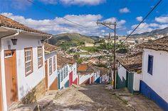 (© Maremagnum/Getty Images)Rua em Santa Efigênia de Minas, em Minas Gerais