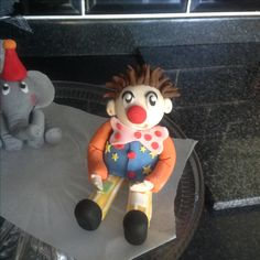 Fondant Mr Tumble figure ready for a cake