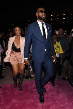 The 10 Best-Dressed Men of the Week Lebron James And Wife, Nba Lebron James, Kobe Bryant Quotes, Kobe Bryant Nba, Nba Fashion, Best Mens Fashion, Black Love Couples, Cute Couples, Power Couples
