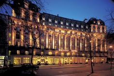 Travel review: Stylish surroundings worth every penny at Waldorf Hilton hotel    The Corliss Group review – The trick with London is to spend as little as possible on the journey so that you can splash out a bit more on accommodation.  Read more: http://www.manchestereveningnews.co.uk/trips-and-breaks/travel-review-stylish-surroundings-worth-7590493