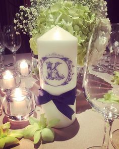 みんなが送ってくれる写真にテーブルナンバーのキャンドルが写ってることが多くて嬉しい⑅◡̈* イケアのキャンドルに 転写シートで文字入れして リボン巻いただけだけど、、 お花との雰囲気とも合ってて良かった✨ #結婚式 #wedding #テーブルコーディネート#IKEA #テーブルナンバー #アルファベットキャンドル #転写シート