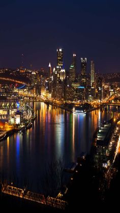 Pittsburgh Skyline: it really is a beautiful city, I miss England but I do love Pittsburgh
