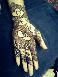 Rose Mehndi Designs, Back Hand Mehndi Designs, Modern Mehndi Designs, Mehndi Designs For Girls, Mehndi Design Pictures, Wedding Mehndi Designs, Mehndi Designs For Fingers, Dulhan Mehndi Designs, Latest Mehndi Designs