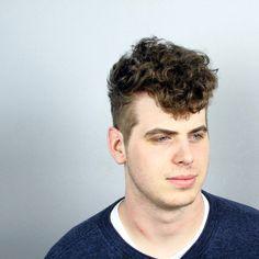 Men's curly hair cut