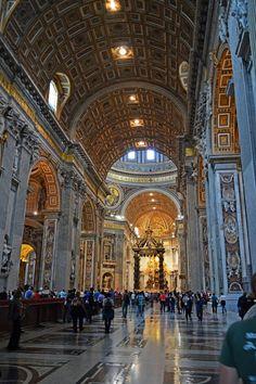 FOTOGRAFIAS DEL MUNDO: Interior del Templo de la Basílica de San Pedro en...