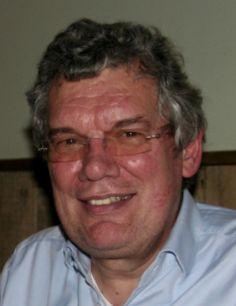 † Anton Westerlaken (62) 31-03-2017 Oud-vakbondsbestuurder Anton Westerlaken is op 62-jarige leeftijd is overleden. Dat heeft het Maasstadziekenhuis bekendgemaakt. Westerlaken was ruim vier jaar voorzitter van de raad van bestuur van dat ziekenhuis. In juni vorig jaar legde hij vanwege zijn slechte gezondheid die functie neer. https://youtu.be/1Qj0bYX2cKg