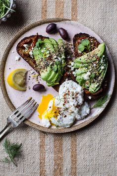 Mediterranean Inspired Avocado Toast with Pistachio Dukkah - super easy to throw together, so healthy...and SO delicious! From halfbakedharvest.com