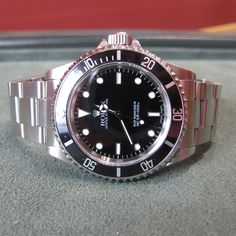 Gents Rolex Submariner with Box and Papers – 2001 Luxury Watches, Rolex Watches, Galway Ireland, Rolex Submariner, Antiques, Box, Accessories, Jewelry, Fancy Watches