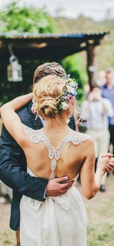 Wedding hairstyle with flowers - My wedding ideas