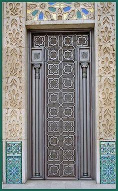 Sprezzatura-Eleganza | mepfoundation: Amazing doors of Morocco
