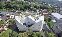 Architecture très originale et végétalisée pour cette maison contemporaine coréenne, HWA HUN par IROJE KHM Architects - Pyeongchang-dong, Corée du Sud #construiretendance