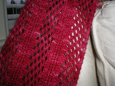 Ravelry: Foreign Correspondent's Scarf pattern by Lexy Lu - Knitted - absolutely gorgeous! awj