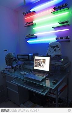 Star Wars light sabor lamps.. Freaking cool.
