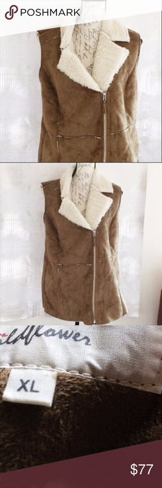 Wildfower XL Faux Shearling Vest Moto NWT $119 Pricetag still on it. Color Camel. XL. True to size. Faux microsuede and faux shearling. Wildflower Jackets & Coats Vests