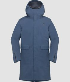 The limited edition oslo duvet jacket for women will launch in This down jacket is big, ultra warm and stylish, giving you comfort in cold temperatures Oslo, Womens Parka, Cold Weather Outfits, Light Jacket, Gore Tex, Jackets Online, Winter Coat, Cool Outfits, Hunting