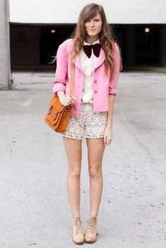 How to Wear a Hot Pink Blazer (12 looks) | Lookastic for Women