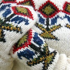 Ravelry: My Icelandic sweater and mittens pattern by Hélène Magnússon