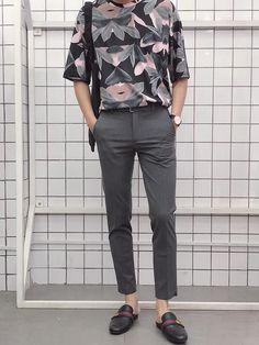 Ideas Fashion Korean Men Street For 2019 Korean Fashion Men, Best Mens Fashion, Boy Fashion, Trendy Fashion, Fashion Outfits, Fashion Styles, Fashion Clothes, Korean Men Style, Retro Fashion Mens