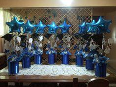 Secondary school graduation decoration – Imagui - New Site College Graduation Parties, Kindergarten Graduation, Graduation Party Decor, Grad Parties, Graduation Celebration, Graduation Ideas, Graduation Table Centerpieces, Graduation Decorations, Balloon Decorations