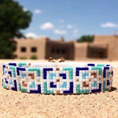 Kreeg van de Blues Bead Loom armband Boheemse Boho door PuebloAndCo