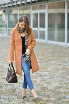 The Camel Coat  Check out the outfit : https://ellysafashion.wordpress.com/2015/11/23/camel-coat/ #fashionblogger #fashion #ootd #style #coat #autumn #winter #animalier