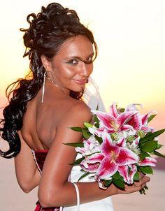 Bridal bouquet - stargazer lilies Seaside Wedding, Summer Wedding, Destination Wedding, Santorini Wedding, Greece Wedding, Wedding Vows, Wedding Day, Wedding Stuff, Wedding Bouquets