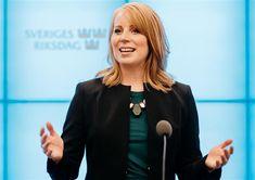 Islamister i Centerpartiet: Annie Lööfs orena händer