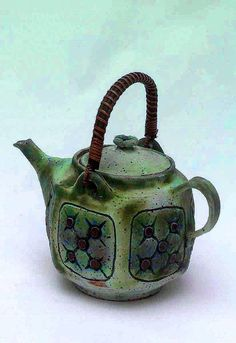 Quilted stoneware teapot