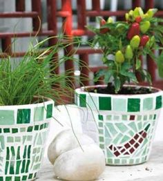 DIY Mosaic Planters | Spring Crafts | Garden DIY | Craft Project — Country Woman Magazine