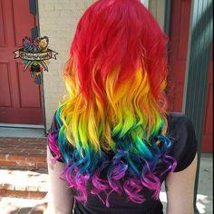 Single shot of today's rainbow #nofilter I tested out @arcticfoxhaircolor new yellows!  #arcticfoxhaircolor #pravana #lockedin #rainbow #rainbowhair @vpfashion #vpfashion #behindthechair #modernsalon #beautylaunchpad #hotonbeauty #mermaidhair #mermadians #hairbykaseyoh #fantasyhair #hairporn #dyeddollies #dollswithdye