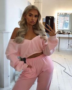 Baby Pink Casual Jogger Source by skylerchesser outfits college Cute Lounge Outfits, Cute Comfy Outfits, Stylish Outfits, Sporty Outfits, Mode Outfits, Girly Outfits, Fashion Outfits, Fashion Trends, Style Casual