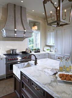 The ormond - modern kitchen range hood francois and co. Paint For Kitchen Walls, Kitchen Wall Colors, Kitchen Tiles, Kitchen Cabinet Pulls, White Kitchen Cabinets, Ikea Butcher Block, Kitchen Vent Hood, Modern Kitchen Design, Modern Design