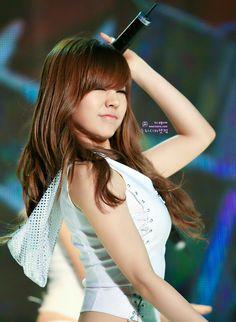 Girls' Generation Sunny