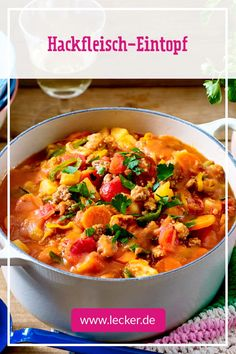 Mar 20 2020 - Hearty minced meat stew - Especially when the days get shorter and the temperatures drop we need somethi. Easy Soup Recipes, Healthy Crockpot Recipes, Meat Recipes, Chicken Recipes, Tapas, Carne Picada, Winter Food, Eating Habits, Stew