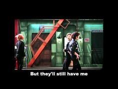 Shinee - Hell No! (Parody) one more hilarious parody of SHINee's Hello MV. I luv this!
