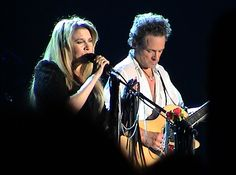 Fleetwood Mac rocks Long Island, tours the U.S. - The Echo News