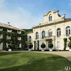 Marella Agnelli's Enchanting Estate in Northern Italy Architectural Digest, Villas, British Garden, Turin Italy, Garden Route, Italian Villa, Northern Italy, My Dream Home, Exterior Design