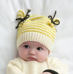Ravelry: Bonnet écru layette pattern by Phildar Design Team Layette Pattern, Baby Hat Knitting Pattern, Baby Hat Patterns, Baby Hats Knitting, Knitting For Kids, Loom Knitting, Knitting Patterns Free, Knit Patterns, Free Knitting