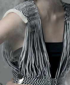 tricotar com tiras de couro