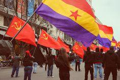 En DECDLT criticamos las actitudes del Partido Comunista y demás izquierda radical y pedimos su ilegalización.