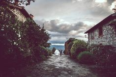 Italian Wedding Photographer Tuscany Wedding Borgo Corsignano Poppi Arezzo #nicolatonolini #tuscanywedding #tuscanyweddingphotographer #italianphotographer #destinationwedding #countrychic #arezzowedding #tuscanyweddingphotographer #wedding #tuscany