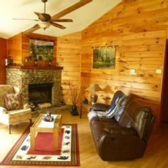 Emerald Forest Cabin..10 minutes from Downtown..Nice Views..No difficult roadsVacation Rental in Gatlinburg from @homeaway! #vacation #rental #travel #homeaway