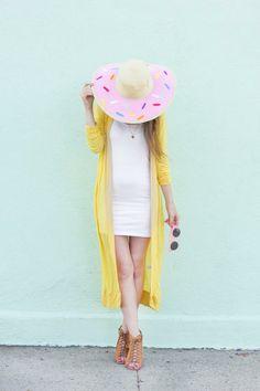 Cute summer DIY Donut Floppy Hat with Martha Stewart Crafts paint #marthastewartcrafts #plaidcrafts #marthastewart