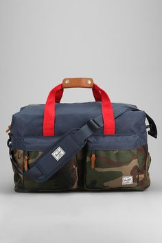Herschel Supply Co. Walton Weekender #Herschel #urbanoutfitters