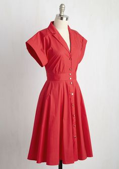 Ain't Nothing But a Prologue Dress. Are you cryin all the time over a lack of… Source by dresses indian 1950s Outfits, 1940s Dresses, Elegant Dresses, Dress Outfits, Fashion Outfits, 1950s Fashion Dresses, Dress Fashion, Retro Vintage Dresses, Mode Vintage
