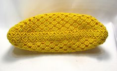 Yellow beaded macrame bag Sunny by makrame on Etsy Macrame Art, Macrame Projects, Macrame Knots, Julie Ellis, Macrame Curtain, Fabric Strips, Macrame Patterns, Crochet Stitches, Diy And Crafts