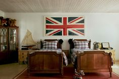 A boy's bedroom nods to the family's proud British heritage.
