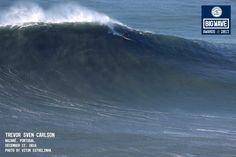 Breaking News: Big-Wave-Contest am Dienstag in Nazaré - via Sport1 19-12-2016   Die Big Wave Worldtour kommt zum ersten Mal überhaupt nach Nazaré in Portugal, und wie es aussieht, steigt der Contest schon Dienstagmorgen.